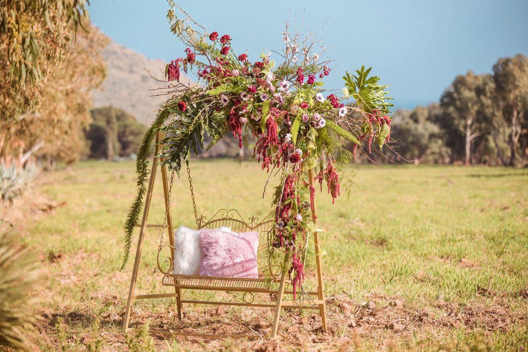 decoración floral columpio